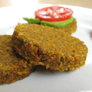 Raw veggie burgers (square)