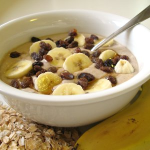 Raw banana and oat porridge (square)