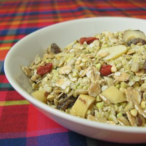 Homemade raw muesli