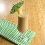 Raw pina colada smoothie