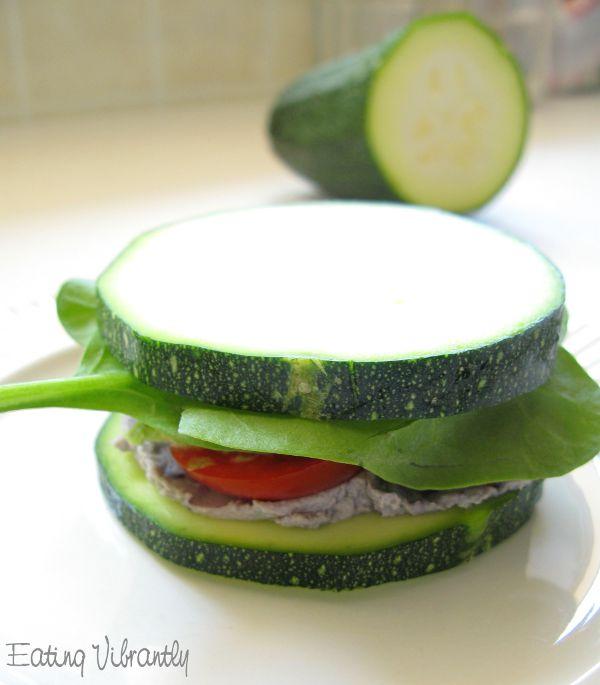 Raw zucchini sandwich
